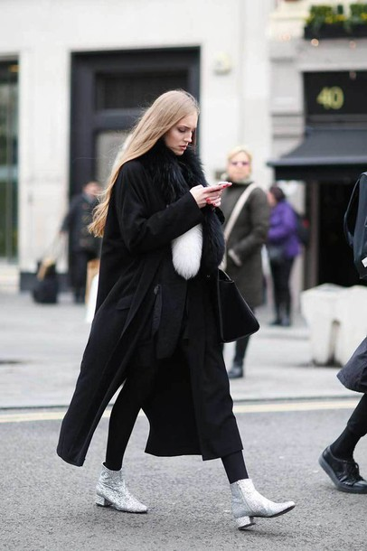 pd0h2z-l-610x610-shoes-tumblr-boots-ankle+boots-streetstyle-silver+ankle+boots-silver+shoes-pants-black+pants-fur+scarf-scarf-coat-black+coat-long+coat-